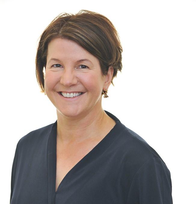 Dr Liz Sapey